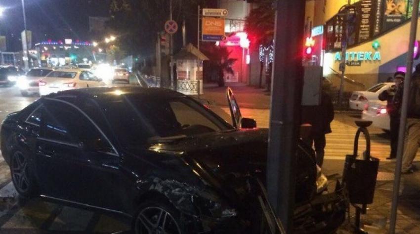 ВСочи произошла авария сшестью авто, есть пострадавшие