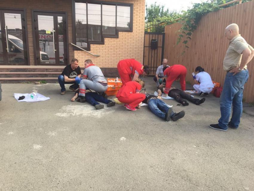 Три человека погибли в трагедии наулице Сормовской вКраснодаре