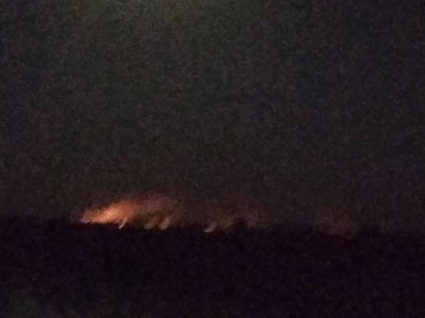 В Славянском районе загорелся мусор
