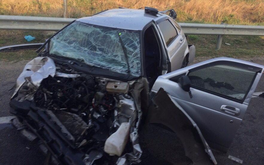 Движок аж улетел! - Очевидцы об утреннем ДТП с «двенашкой» на Тургеневском шоссе в Краснодаре