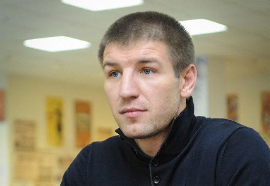 Новую спортплощадку в Краснодаре открыл чемпион мира по боксу