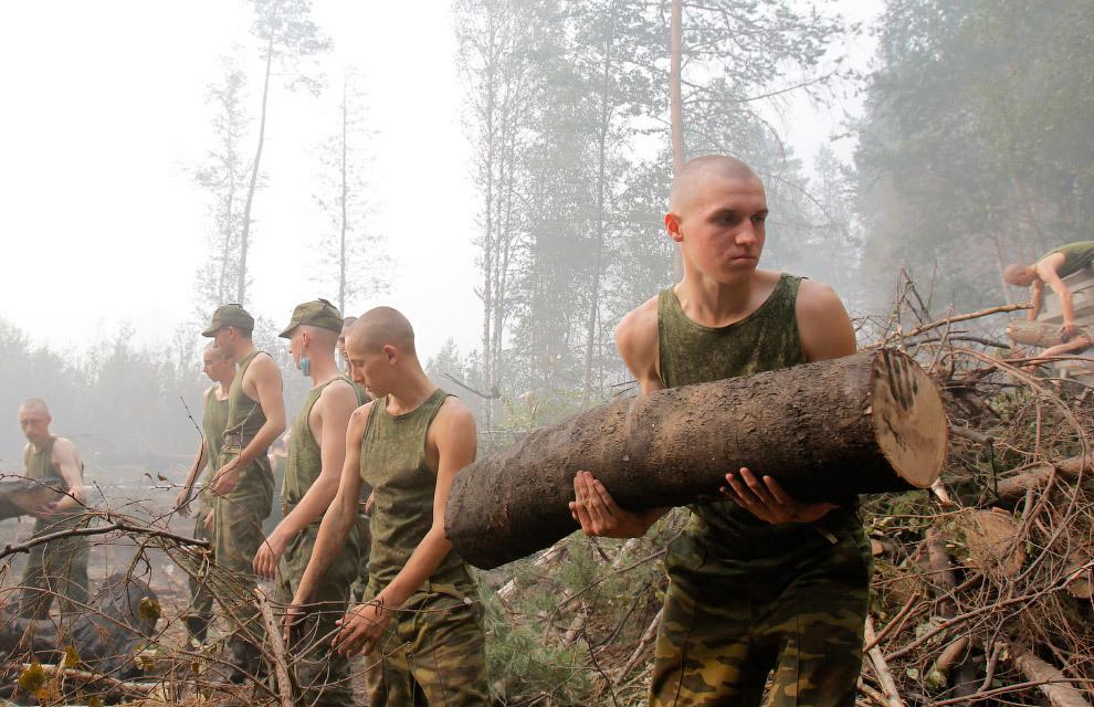 Военные очистили Тимашевский от последствий града