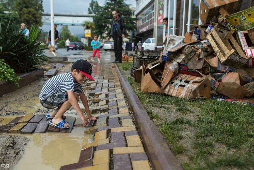 Посты для контроля наводнений организуют в Сочи на время ЧМ-2018
