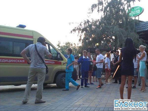 В Анапе работники кафе избили  операторов телеканала «Пятница»