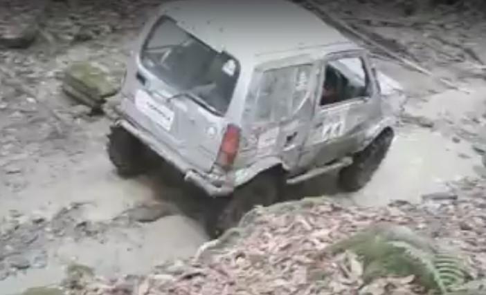 В Сочи работников Национального парка наказали за «джиппинг» по руслу реки