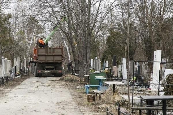 Краснодарское кладбище решили оформить в едином стиле