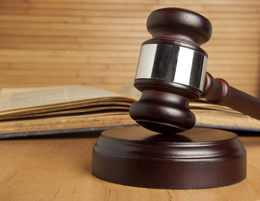 Избившие шваброй и вешалками кубанца полицейские пойдут под суд