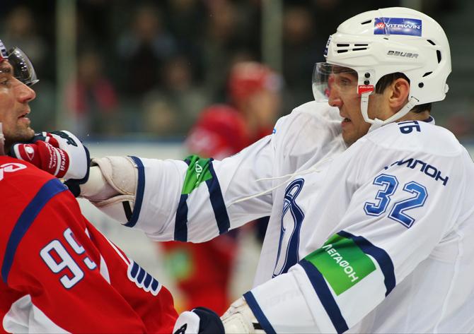 «Локомотив» разгромил ХК «Сочи» со счетом 9:2