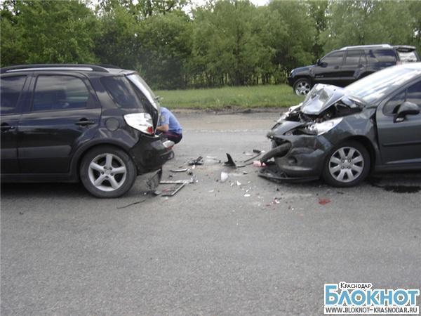 В ДТП в Тимашевском районе пострадал мужчина