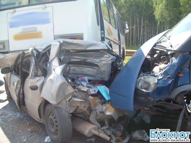 В Краснодарском крае столкнулось 19 машин на трассе «Дон»