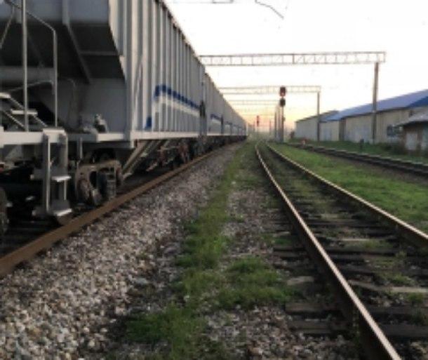 Троих мальчиков ударило током при попытке залезть на ж/д вагон под Краснодаром
