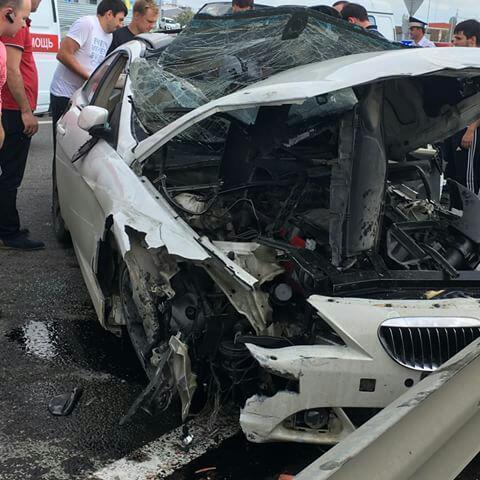 Женщину-водителя зажало вискореженной машине под Краснодаром