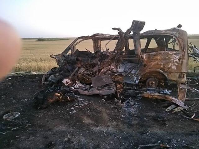 В ДТП с фурой и микроавтобусом под Славянском-на-Кубани погибли люди