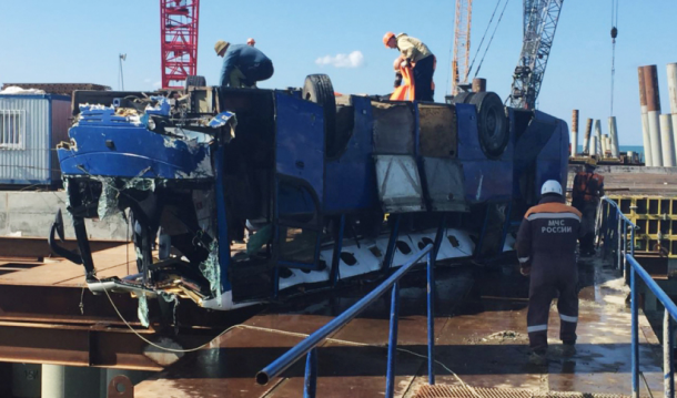 Фигурантам дела о ДТП с автобусом, который упал в море в Темрюке, продлили арест