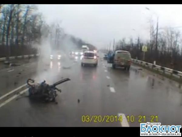 В Краснодаре в аварии погибла беременная женщина (видео)