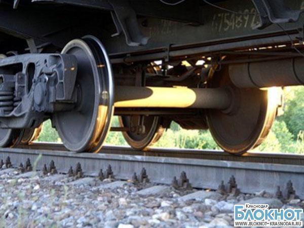 В Краснодаре поезд насмерть сбил мужчину