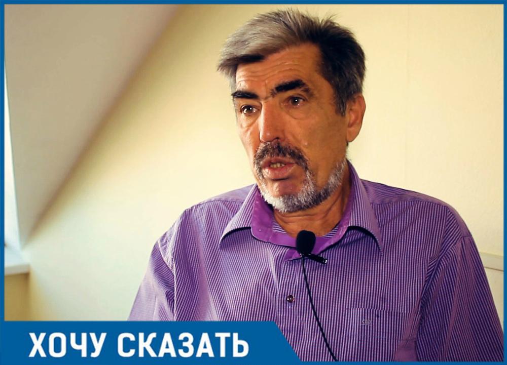 «На трех парковочных местах мы можем разместить 28 машин», - житель Краснодара Александр Бежко