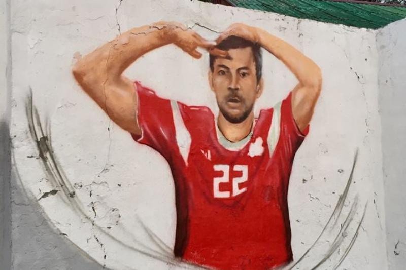 Граффити с российскими футболистами украсили Новороссийск