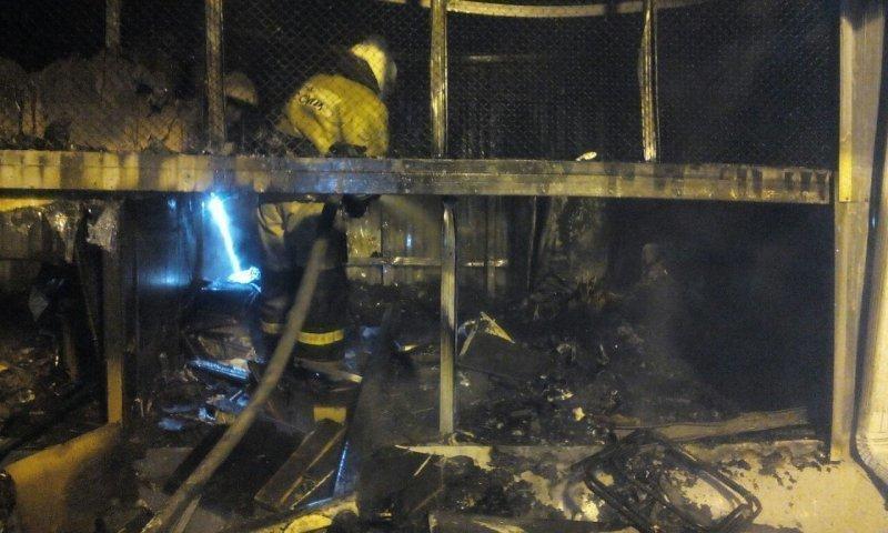 ВКраснодаре потушили пожар вгаражном кооперативе