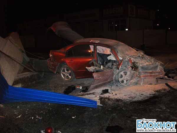 Краснодарский водитель столкнулся с железобетонной конструкцией
