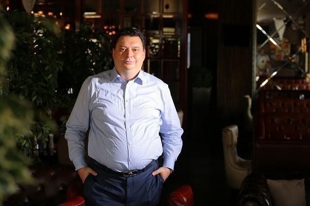 Глава Адыгеи наградил известного юриста Ставрополья