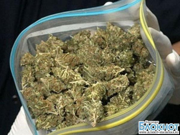 Брюховецкий район: у местного жителя нашли 2,2 кг марихуаны