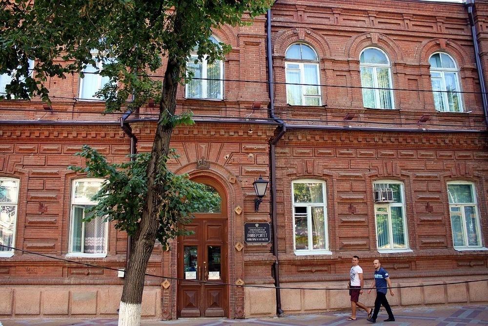 «И так сойдет!»: Реставрация Дома купца Никитина выглядит паршиво