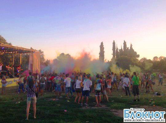 В Краснодаре прошел фестиваль красок