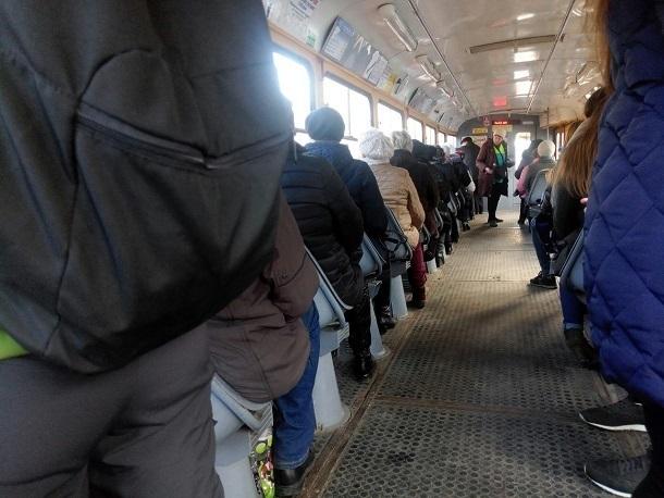 Движение общественного транспорта в Краснодаре не удалось восстановить полностью