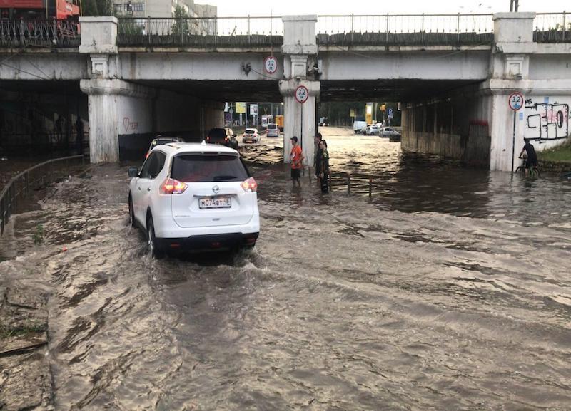 Почти Венеция: Краснодар ушел под воду после сильнейшего ливня