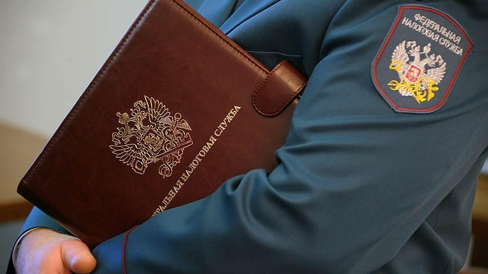 Сотрудница ФНС получила почти 5 млн рублей на взятках с бизнесменов