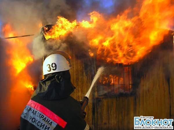 Пожар в поселке Витязево унес жизнь пожилого человека