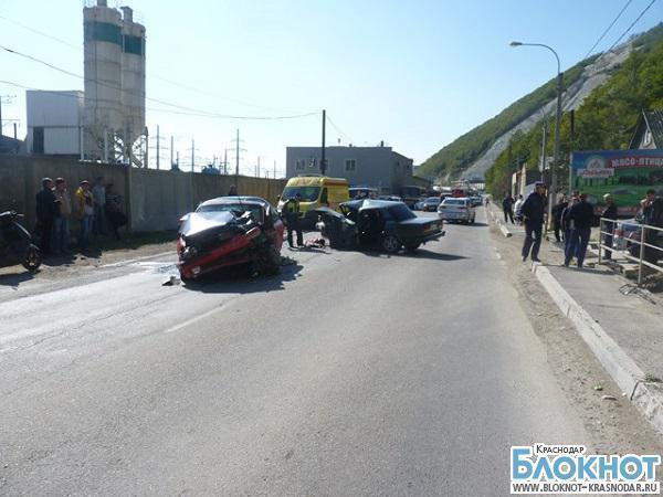 В Краснодарском крае в аварии травмированы четыре человека